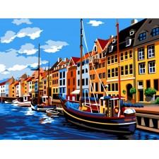 Boten bij huizen aan het water in Kopenhagen - Copenhague